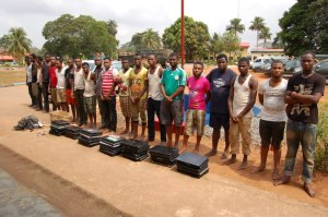 Latest: EFCC Arrests 20 Yahoo Boys in Benin City.[Photos] full gist>>